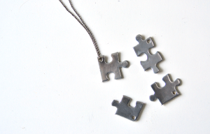 Jigsaw-Puzzle-BFF-Necklace-006