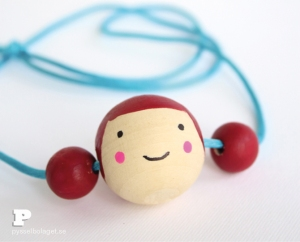 Doll-face-necklace6