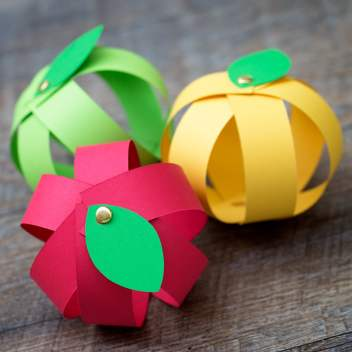 Paper-Apple-Craft-1