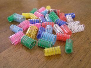 חרוזים מבקבוקי פלסטיק