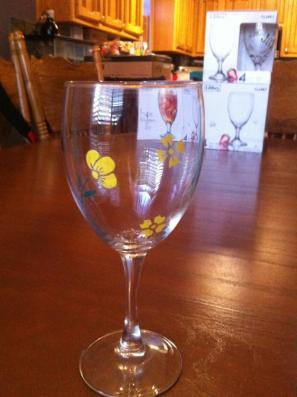 צביעה על גביע זכוכית